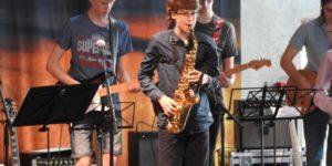 Favrskov Musikskole gav koncert for dejlig mange tilhørere
