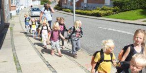 Børn på travetur