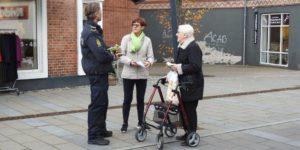 Politiet besøgte Hadsten for at fortælle om hvordan man undgår indbrud