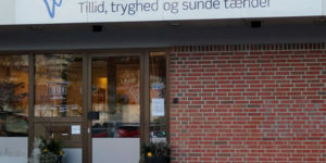 Situationen hos Tandlægerne i Ågade i Hadsten