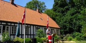 Grundlovsfest i Lyngå Præstegårdshave