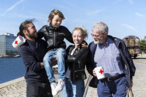 Saml ind med Røde Kors