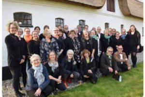 Syng Julen Ind med Lyngå Folkekor
