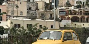 Fiat 500 lever.. -og har det stadig godt!