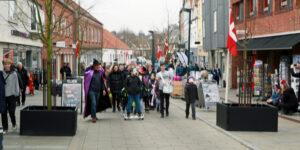 Flot Fastelavnsoptog i gaderne i Hadsten