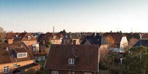 Så lang tid bor en dansker i gennemsnit i hus og ejerlejlighed