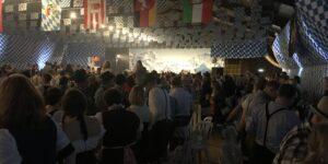 700 tyrolere festede løs i VestjyskBANK Arena i Hadsten
