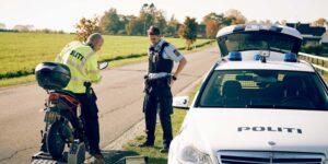 12 standset på tunede knallerter efter færdselsindsats