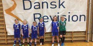Igen i år arrangerer HSK Fodbold Dansk Revision Cup med Dansk Revision som hovedsponsor.