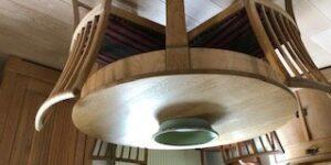 annonce -  afsyrede massive møbler sælges