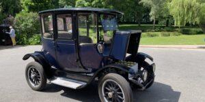 Både Bedstemor And og Henry Fords kone Clara kørte Detroit Electric elbil!