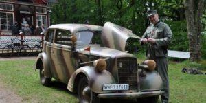 Ældre køretøjer er med til at levendegøre historien