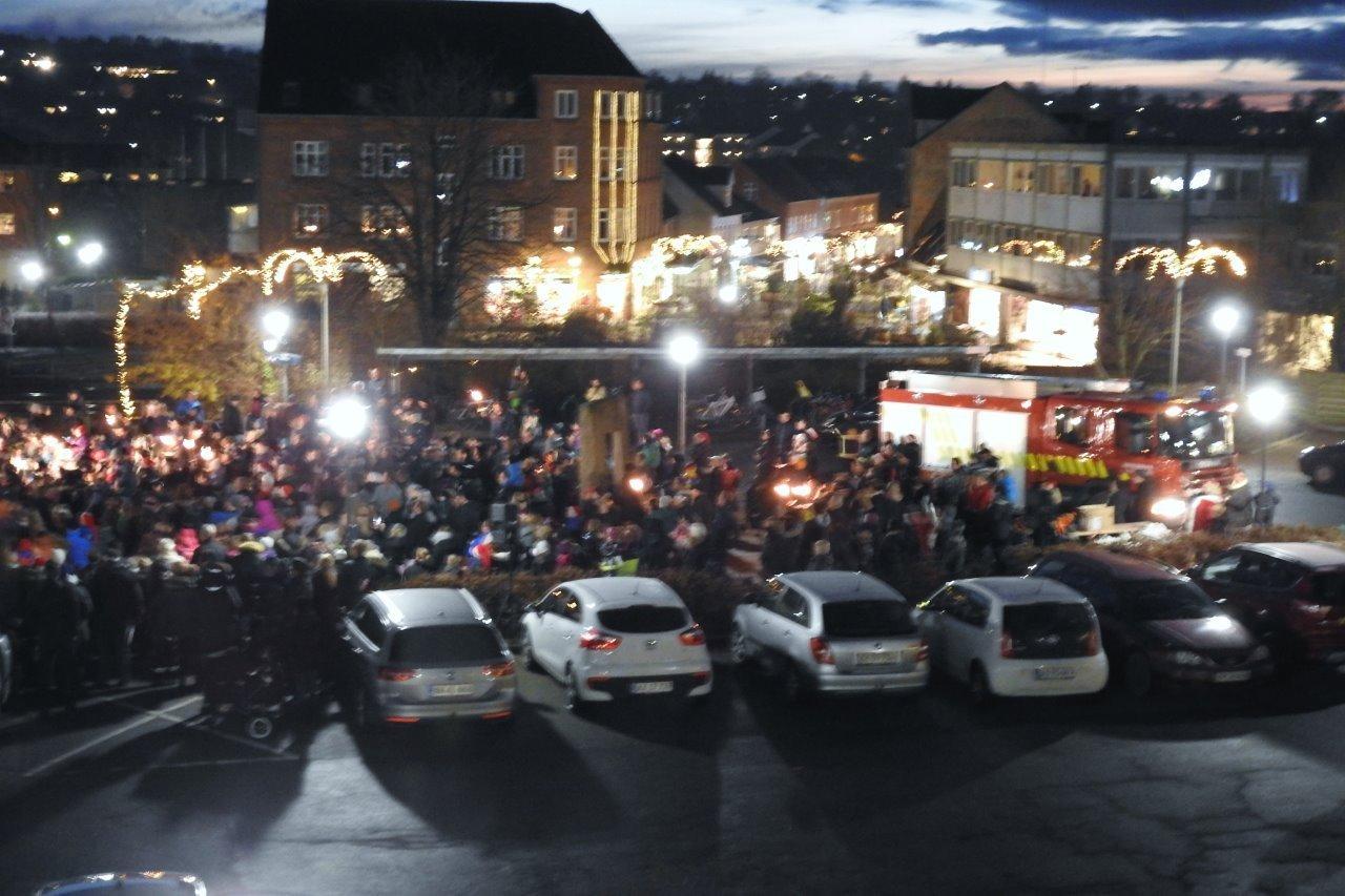 KE-EL i Ødum sørger for julebelysningen i Hadsten