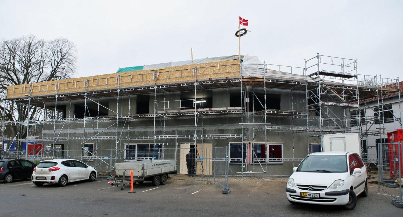 Rejsegilde på ny kommunalbygning i Hadsten