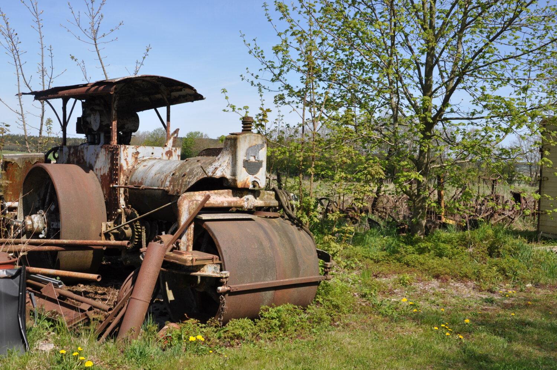 """""""Forladte traktorer og entreprenørmaskiner"""""""