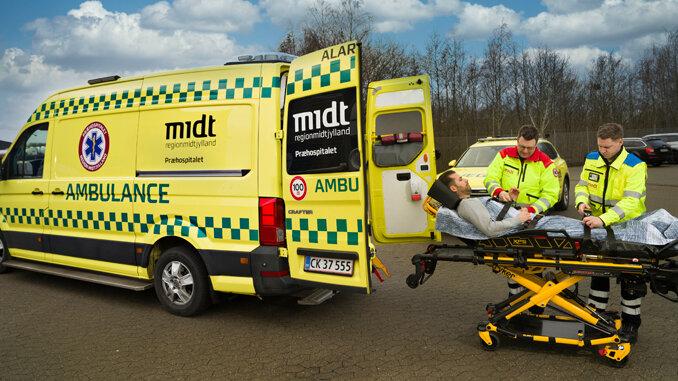 Får 33 mio. kr. til leasing af ambulancer, sygetransportvogne og udstyr