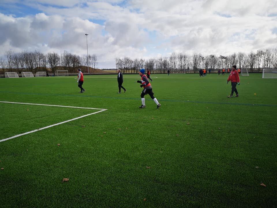 Gert Jensen har været til fodboldtræning