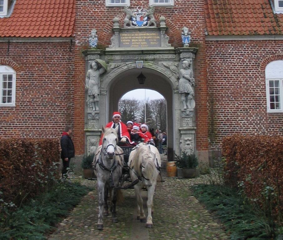 Lions Club Hvorslevs traditionelle Julemarked på Ulstrup Slot